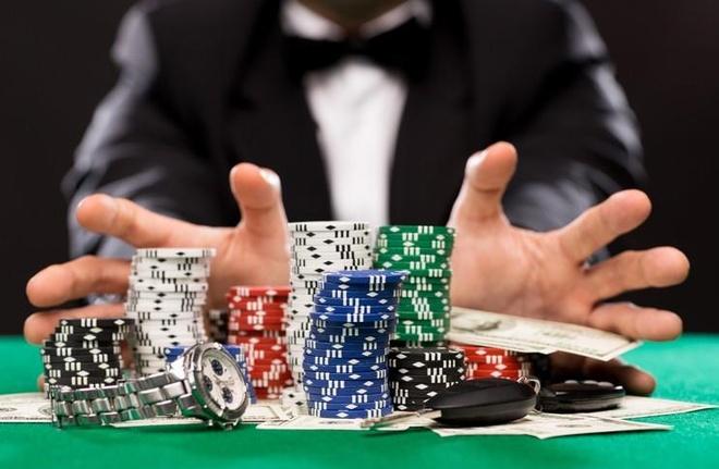 AI da biet choi poker, danh thang nhung nguoi gioi nhat the gioi hinh anh 1