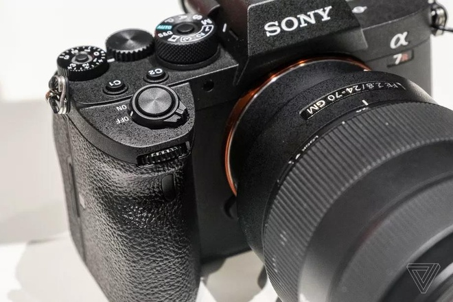 Sony A7R IV ra mat - cam bien 61 MP, gia 3.500 USD hinh anh 4