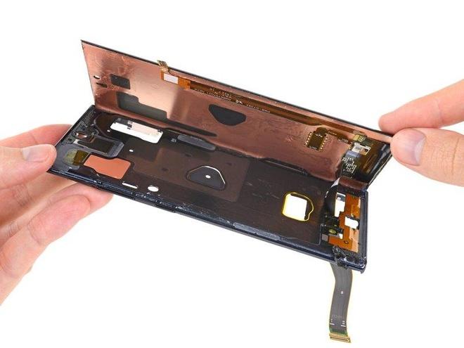 Ben trong Galaxy Note10+ 5G co gi? hinh anh 10