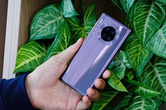 Tren tay Huawei Mate 30 Pro anh 2