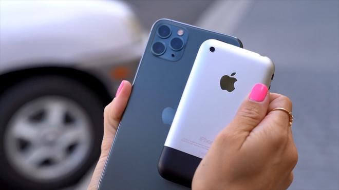 so sanh camera iPhone 11 Pro va iPhone 2G anh 1