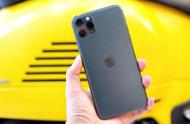 iPhone 11 Pro Max mau xanh het hot anh 2