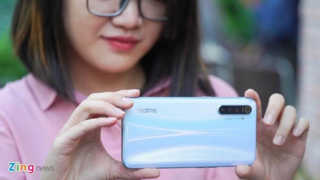 Chi tiet Realme XT - camera 64 MP, gia 8 trieu dong hinh anh 4