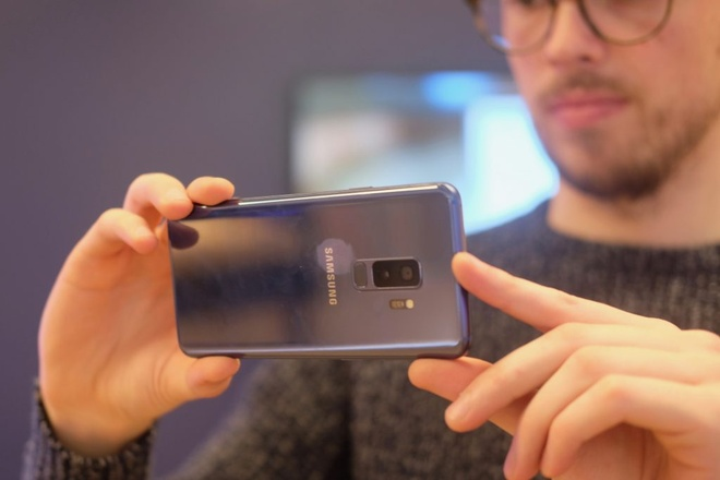 iPhone 7 Plus va loat di dong dang chu y gia duoi 8 trieu hinh anh 5