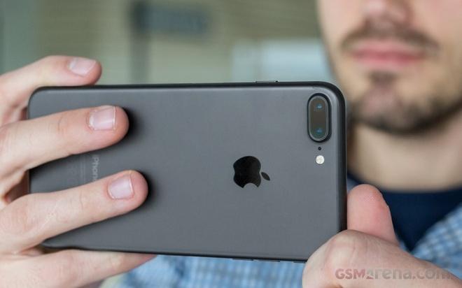 iPhone 7 Plus va loat di dong dang chu y gia duoi 8 trieu hinh anh 6