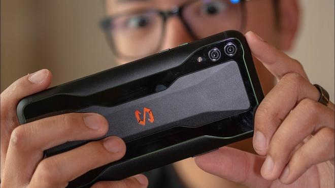 iPhone 7 Plus va loat di dong dang chu y gia duoi 8 trieu hinh anh 1
