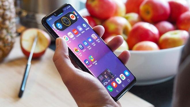 iPhone 7 Plus va loat di dong dang chu y gia duoi 8 trieu hinh anh 4