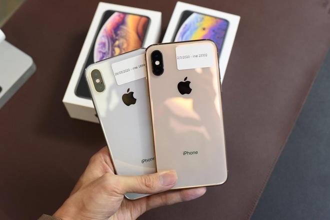iPhone XS Max khoa mang giam con 10 trieu dong o Viet Nam