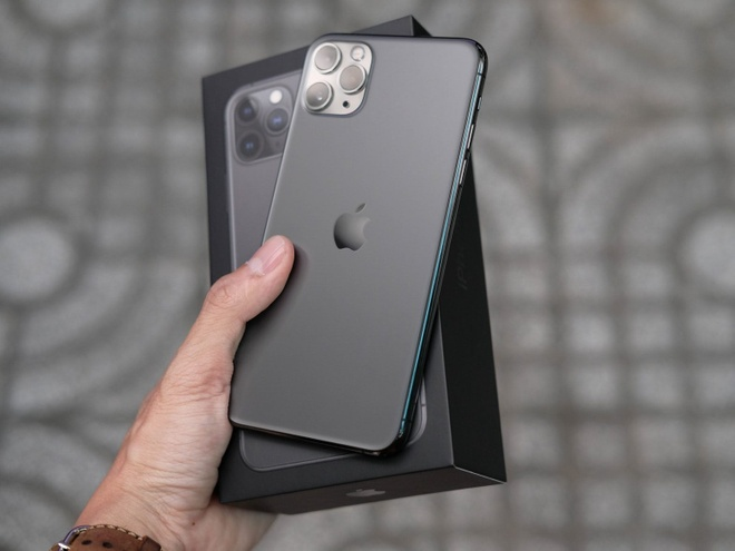 iPhone 11 giam gia anh 1
