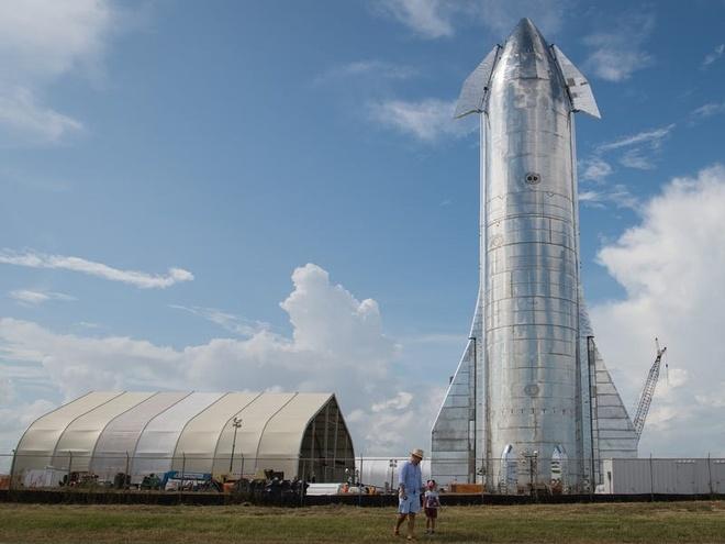 Nguyên mẫu Starship MK1 mà SpaceX thử nghiệm thất bại vào ngày 20/11/2019. Ảnh: Business Insider.