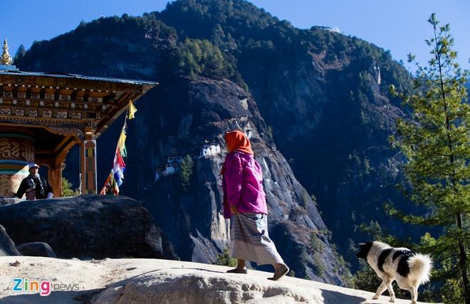 'Hang ho' tren vach da cao hon 3.000 m o Bhutan hinh anh