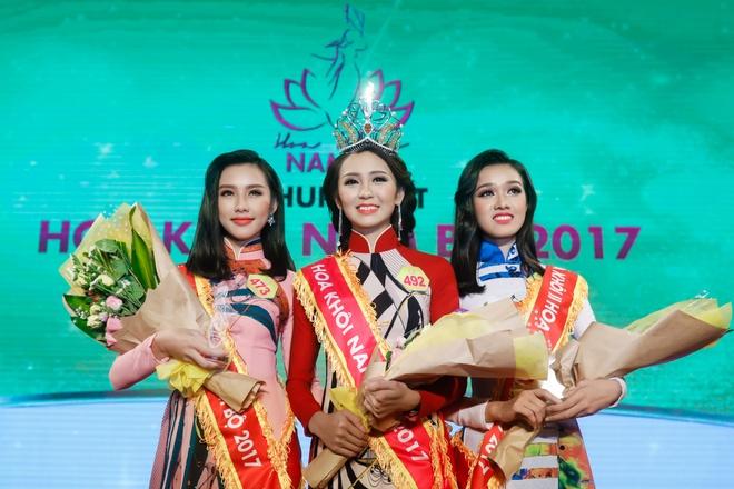 Khoanh khac trong dem chung ket Hoa khoi Nam Bo 2017 hinh anh