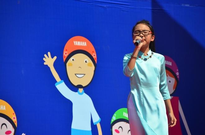 Phuong My Chi, Linh Lan cover hit cua Cam Ly - Phuong Uyen hinh anh 1