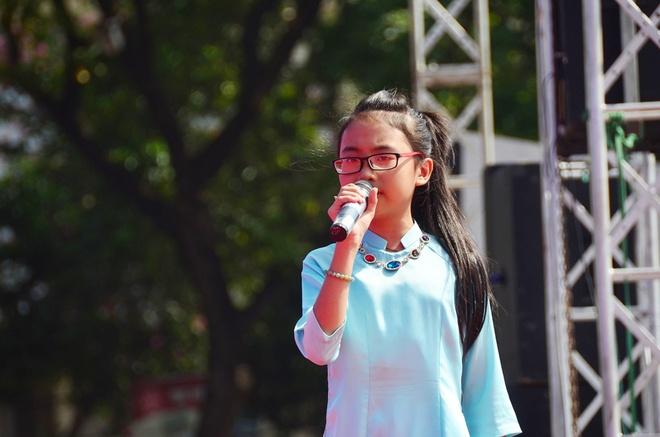 Phuong My Chi, Linh Lan cover hit cua Cam Ly - Phuong Uyen hinh anh 3