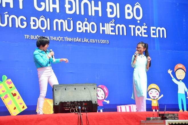 Phuong My Chi, Linh Lan cover hit cua Cam Ly - Phuong Uyen hinh anh 4