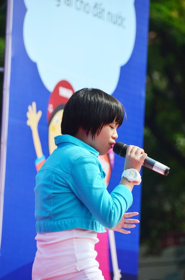 Phuong My Chi, Linh Lan cover hit cua Cam Ly - Phuong Uyen hinh anh 7