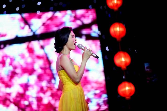 Phuong My Chi song ca, tau hai voi ba nuoi Quang Le hinh anh 9