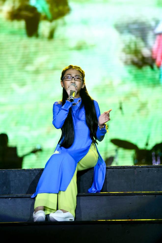 Phuong My Chi song ca, tau hai voi ba nuoi Quang Le hinh anh 21