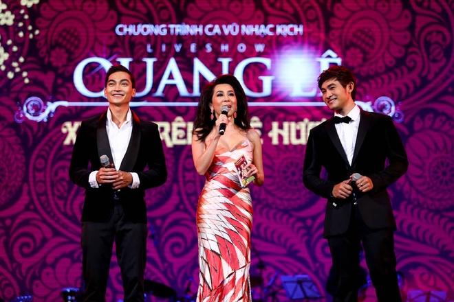 Phuong My Chi song ca, tau hai voi ba nuoi Quang Le hinh anh 5