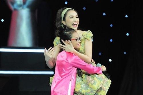Hien Thuc - My Chi va 2 lan hiem hoi dung chung san khau hinh anh 1