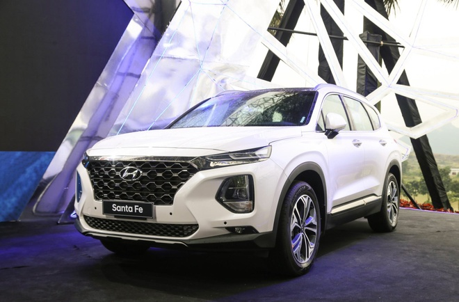 Trai nghiem nhanh Hyundai SantaFe 2019 - noi that dep, nhieu cong nghe hinh anh