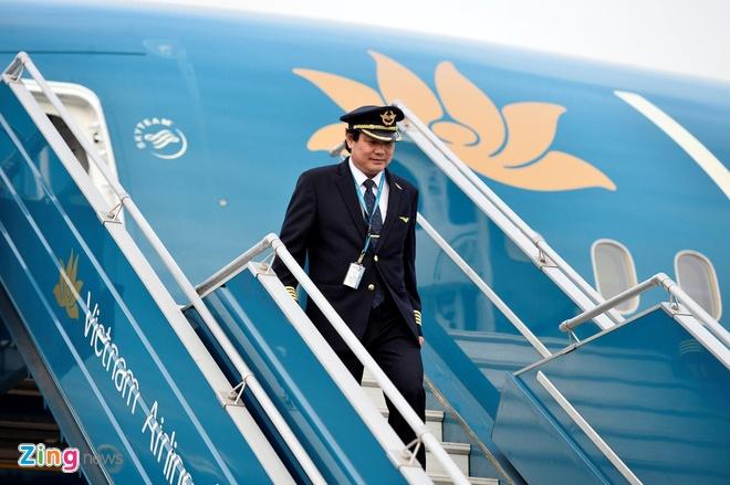 30% phi cong lai 787 xin nghi viec, Vietnam Airlines gap kho hinh anh