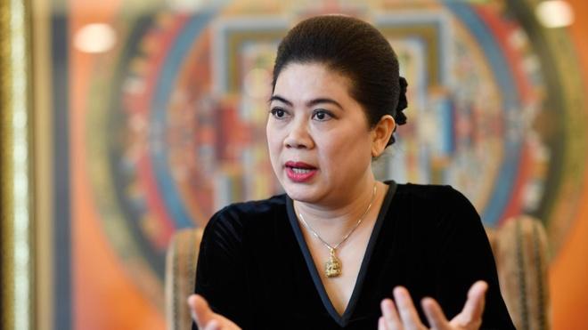 Shark Lien: 'Toi thay thuong startup khi Shark Binh qua khat khe' hinh anh