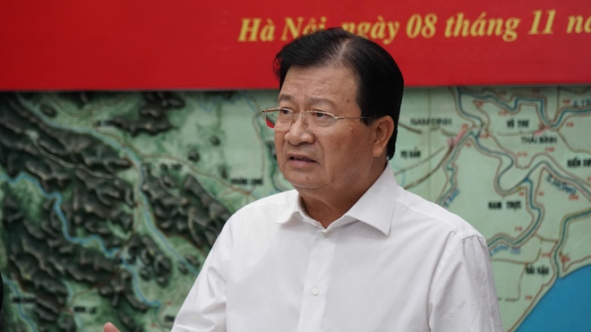 Pho thu tuong dieu hanh cuoc hop ung pho bao so 6 hinh anh