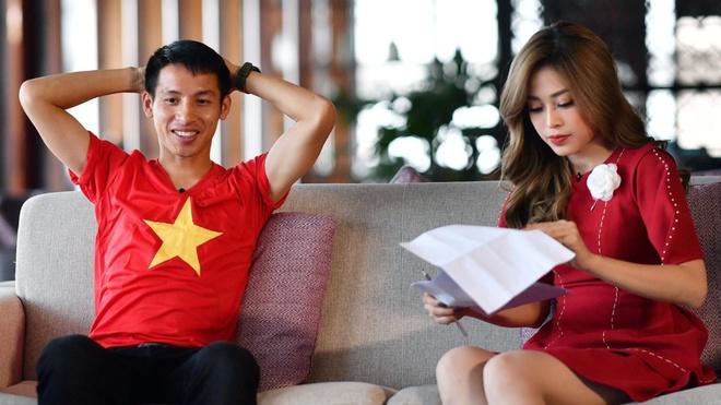 Hung Dung choi piano truoc de nghi cua a hau Phuong Nga hinh anh