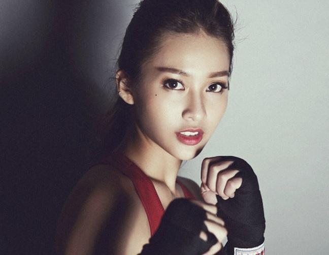 Hot girl Kha Ngan: 'Toi muon thu nho dui, khong bom nguc, got mat' hinh anh