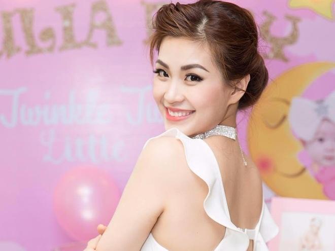 A hau Diem Trang: 'Tung muon tham my vi co the xap xe sau sinh' hinh anh