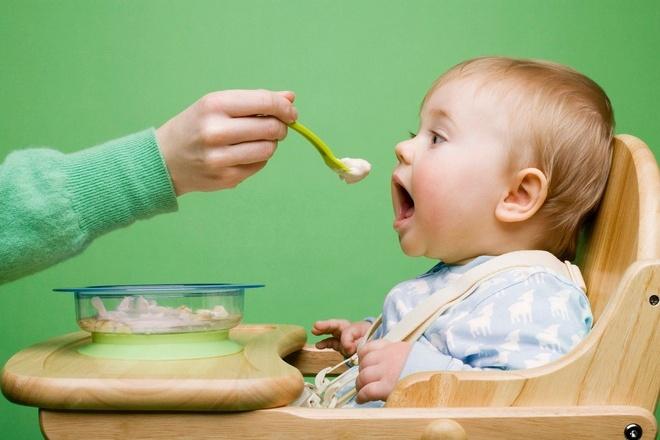 Thực đơn tốt nhất cho bé khi 12 tháng tuổi (Phần 2)