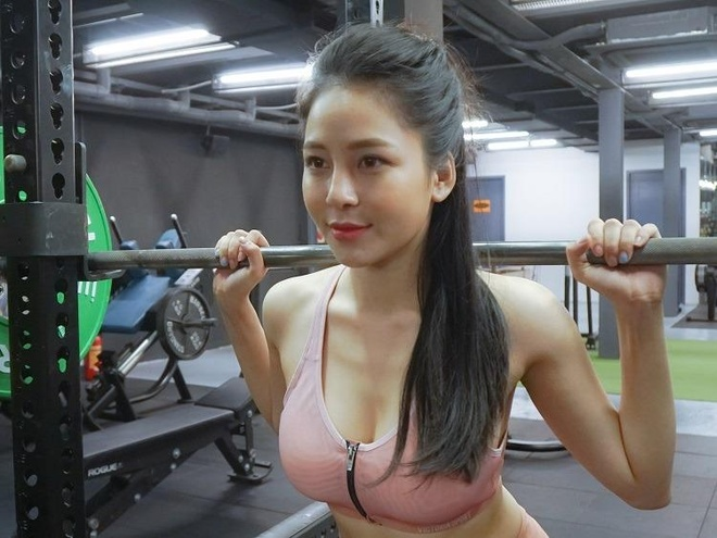 Tap co bung cung hot girl Tram Anh hinh anh