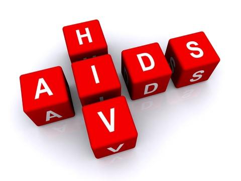 Quan niem sai ve benh HIV anh 1