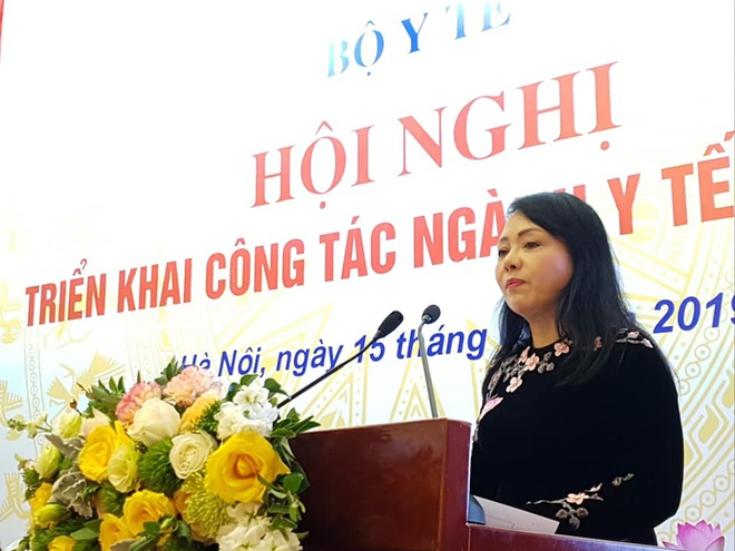 Bo truong Y te: 'Khoang 40.000 nguoi Viet di nuoc ngoai chua benh' hinh anh