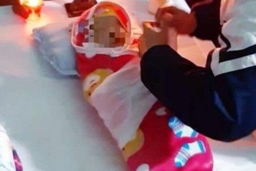 Bé gái Hà Nội tử vong sau tiêm vắc xin ComBe Five nghi do sốc phản vệ