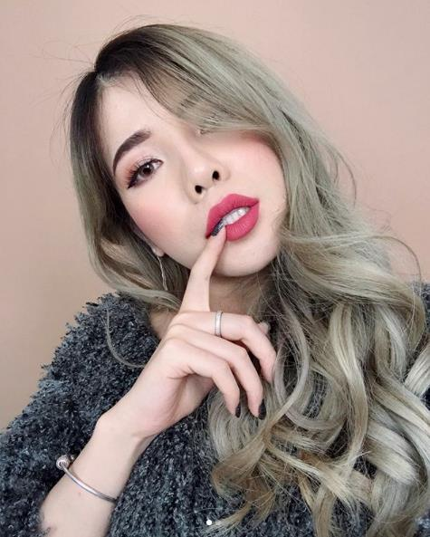 Changmakeup la beauty blogger Viet dau tien nhan nut vang YouTube hinh anh 3