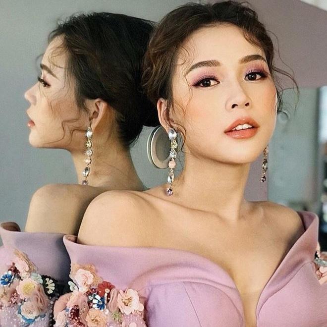 Cham nguong 30, cac hot girl Sai Thanh doi dau gio ra sao? hinh anh 8