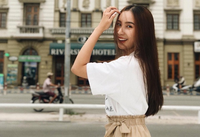 hot girl truong marie curie anh 1