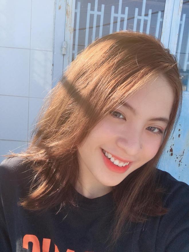 Dan hot girl DH Hutech: Nguoi co 16 HCV karate, ke la a khoi truong hinh anh 7