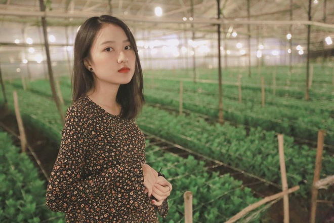 Loat hot girl sinh nam 2001 dang on tap cho ky thi THPT quoc gia hinh anh 1