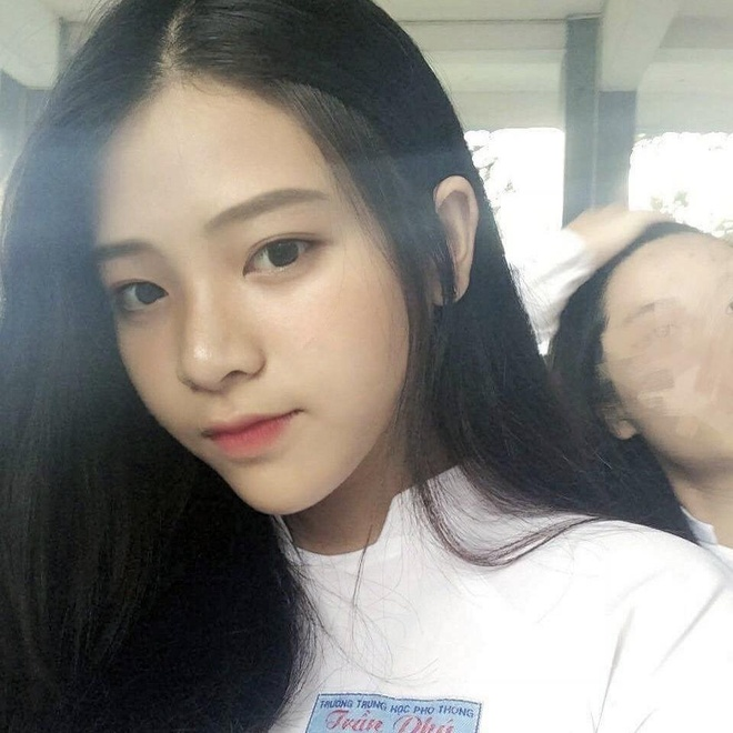 Loat hot girl sinh nam 2001 dang on tap cho ky thi THPT quoc gia hinh anh 6