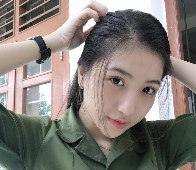 Dan nu sinh Can Tho toan hot girl, mau anh co tieng tren mang hinh anh 1