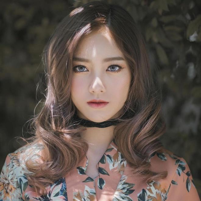 hot girl dong phuc thai lan anh 14