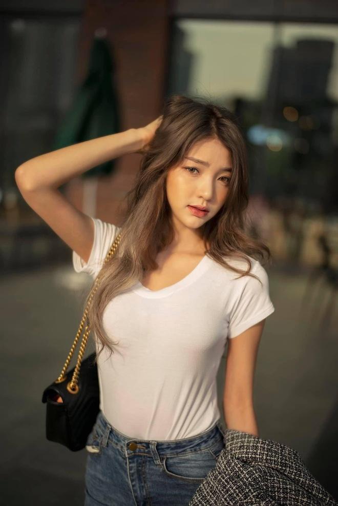 hot girl dong phuc thai lan anh 2