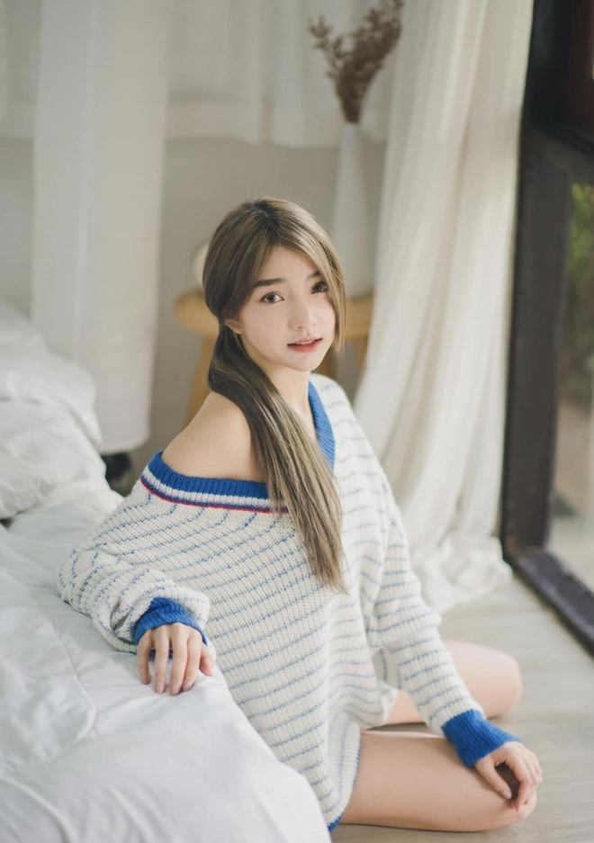 hot girl dong phuc thai lan anh 3