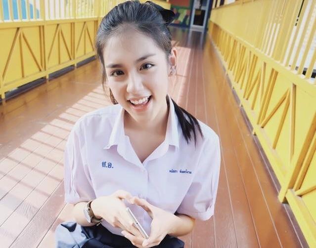 hot girl dong phuc thai lan anh 6