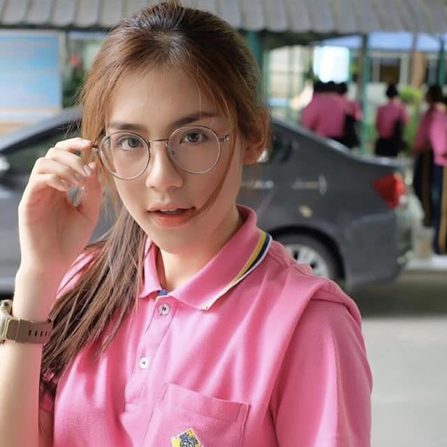 hot girl dong phuc thai lan anh 10