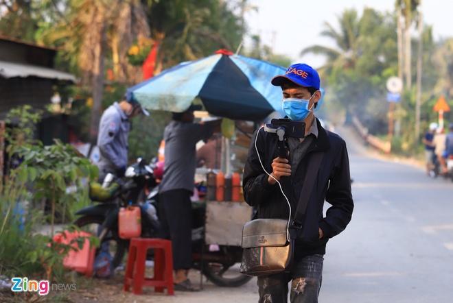 Cong dong mang len an YouTuber dang clip sai su that vu Tuan 'Khi' hinh anh 3 youtuber2_zing.jpg
