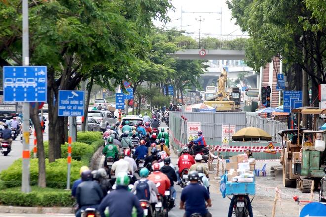 Đường Điện Biên Phủ (quận Bình Thạnh) là 1 trong 14 tuyến đường có lắp camera giám sát. Ảnh: Giang Anh.